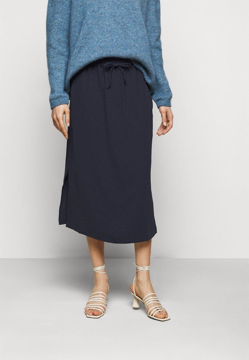 CLOSED - JADEN - A-line skirt - dark night