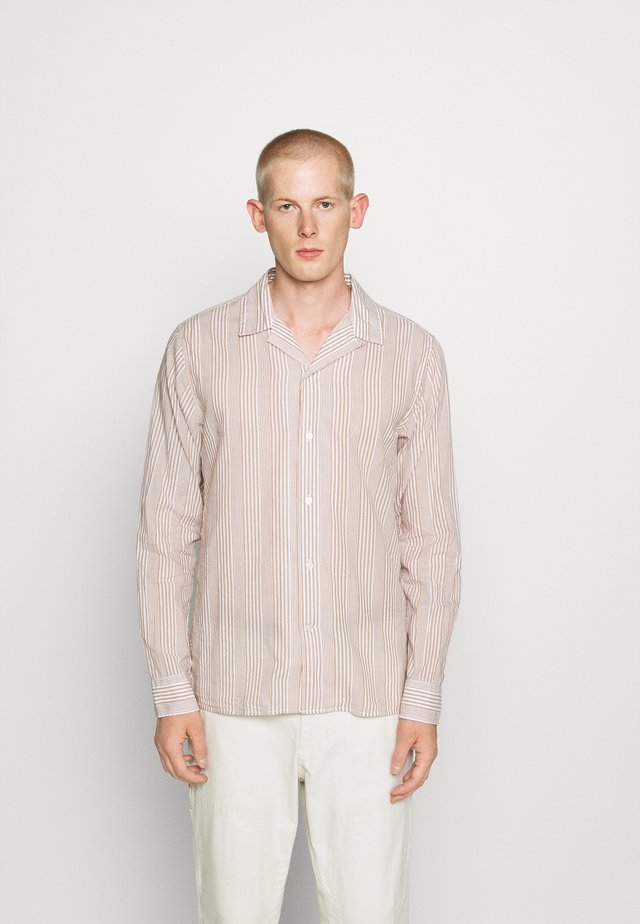 STRIPE CAMP  - Shirt - tan