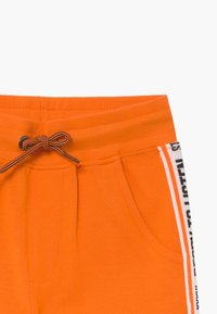Staccato - BERMUDAS KID - Tracksuit bottoms - orange - 3