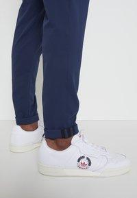 adidas Golf - PIN ROLL PANT - Kalhoty - crew navy - 4