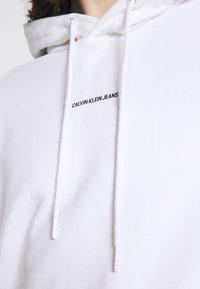 Calvin Klein Jeans - MICRO BRANDING - Huppari - white - 5