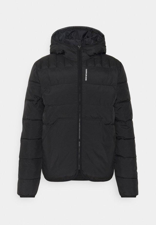 PADDED JACKET - Lehká bunda - black