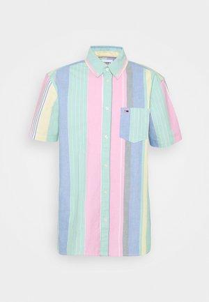 STRIPE SHIRT - Shirt - romantic pink