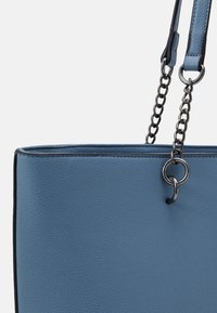 Dorothy Perkins - SLIP POCKET CHAIN HANDLE SHOPPER - Tote bag - cornflower blue