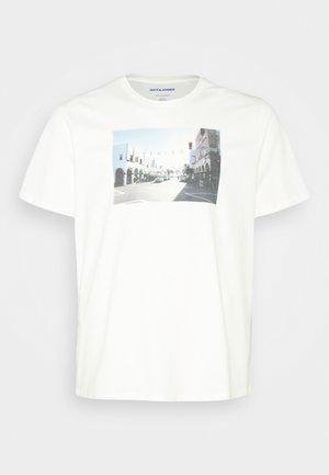 JORDYLANT TEE CREW NECK   - Print T-shirt - cloud dancer