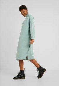 Monki - ELENA DRESS - Kjole - green - 2