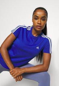 adidas Performance - Camiseta estampada - bold blue/white - 3