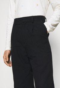 Holzweiler - JENS TROUSER - Trousers - black - 3