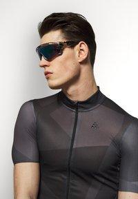 Oakley - JAWBREAKER - Sportbrille - grey ink/jade - 1