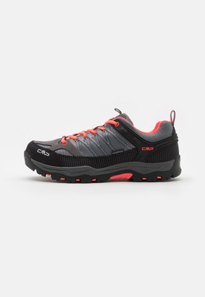 KIDS RIGEL LOW SHOE WP UNISEX - Trekingové boty - grey/red fluo
