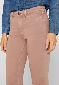 Esprit - SUPERSTRETCH - Jeans Skinny Fit - mauve - 4