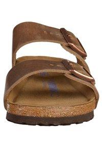 Birkenstock - Arizona - Mules - brown - 5
