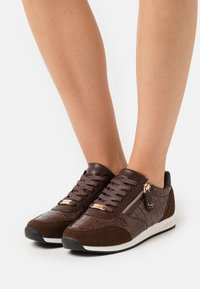 Mexx - FEDERICA - Trainers - brown - 0