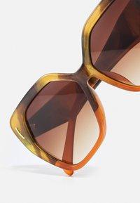 Marks & Spencer London - RETRO SQUARE - Sunglasses - orange - 3