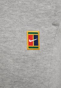 Nike Performance - PANT HERITAGE - Träningsbyxor - grey heather - 5