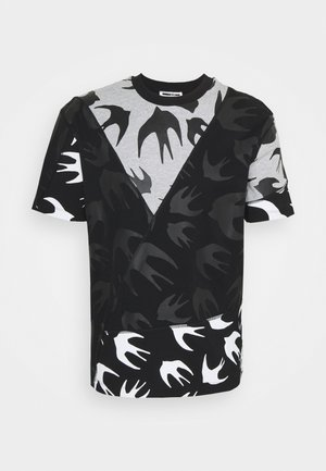SEAMED BIG CREW NECK CUT UP - Print T-shirt - black/grey