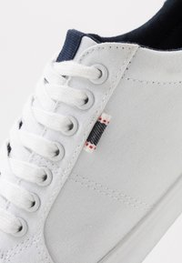 Pier One - UNISEX - Sneakers - white - 5