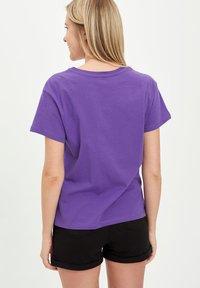 DeFacto - Print T-shirt - purple - 2