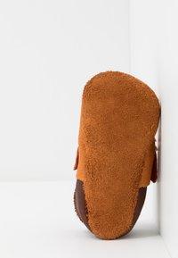POLOLO - FUCHS SET - First shoes - castagno/orange - 5