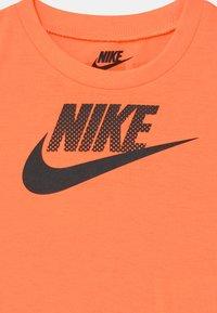 Nike Sportswear - MUSCLE SET - Top - black - 3