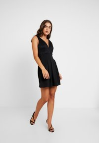 WAL G. - V NECK SKATER - Cocktailjurk - black - 2