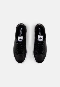 adidas Originals - COURT TOURINO - Trainers - core black/white - 3