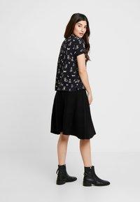Esprit Petite - CORE - T-Shirt print - black - 2