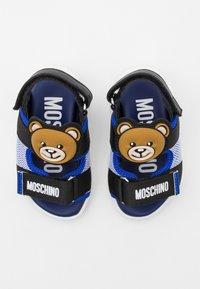 MOSCHINO - UNISEX - Sandals - blue/black - 3