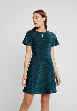 KEYHOLE FIT AND FLARE - Jerseykjoler - teal