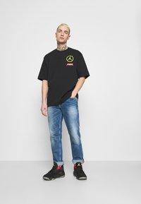 Jordan - TEE - Print T-shirt - black - 1