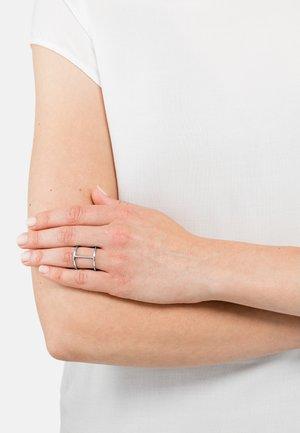 JAREK - Ring - silberfarben poliert