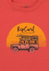 Rip Curl - TRUCKITO UNISEX - Print T-shirt - cayenne - 2
