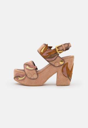 GALY FLORAL - Sandály na platformě - light/pastel