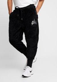 Jordan - WINGS SOLID PANT - Træningsbukser - black - 0