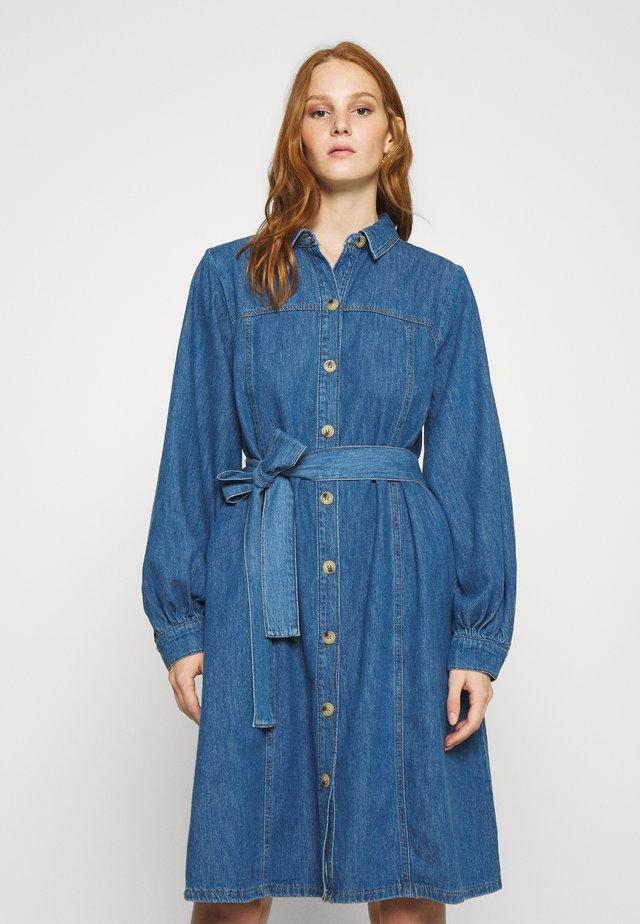 KAYO DRESS - Dongerikjole - blue