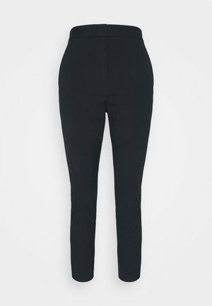 LAYLA ANKLE STRETCH PANT - Stoffhose - dark blue