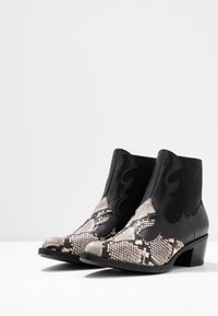 Unisa - GENIL - Ankle boots - black - 4