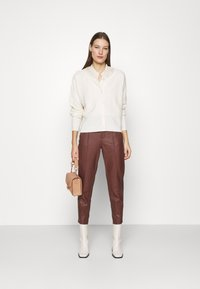 DAY Birger et Mikkelsen - GROW - Leather trousers - cocco - 1