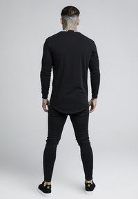SIKSILK - TURTLE NECK - Camiseta de manga larga - black - 2