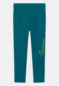 Nike Performance - THERMA  - Trainingsbroek - green abyss - 0