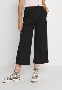 Even&Odd - TIE WAIST JERSEY CULOTTE - Trousers - black - 0
