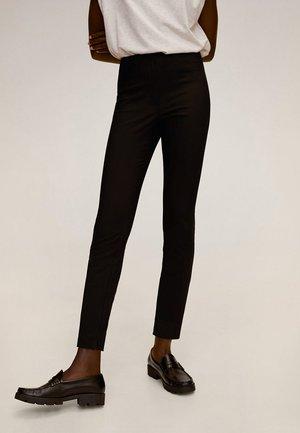 AVANTI - Pantaloni - zwart
