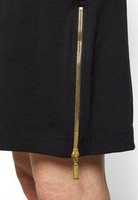 Barbour International - PACE DRESS - Sukienka z dżerseju - black - 3