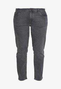 Tommy Hilfiger - B&T MADISON STR AMES  - Straight leg jeans - grey denim - 4