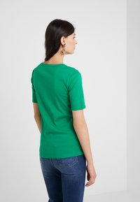 J.CREW - CREWNECK ELBOW SLEEVE - Basic T-shirt - sea moss - 2