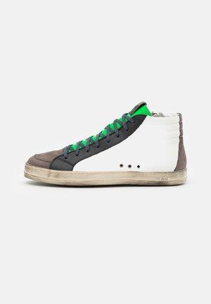 SKATE - Sneakersy wysokie - fast