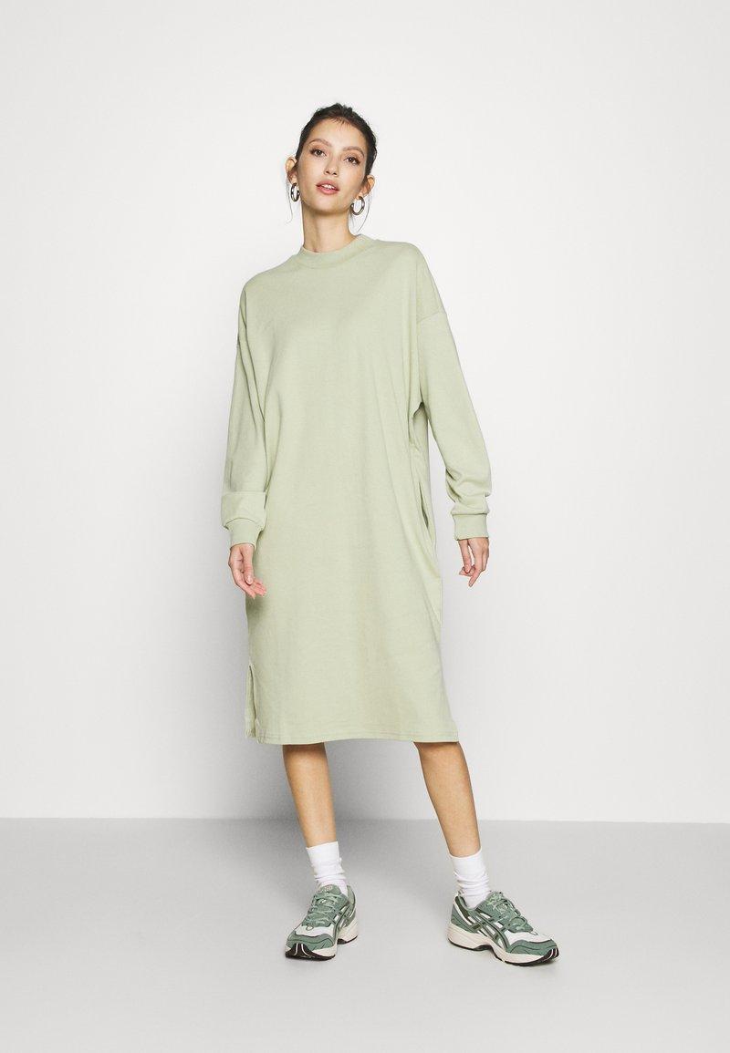 Monki - MINDY DRESS - Jersey dress - green dusty solid