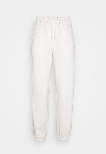PETITE 90S JOGGERS - Pantaloni sportivi - white