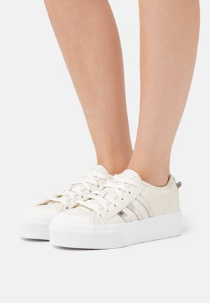 NIZZA - Zapatillas - offwhite/silver metallic/copper metallic