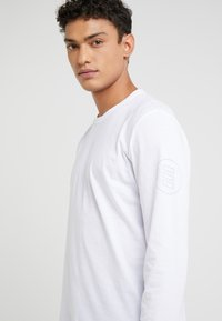 James Perse - CREW NECK - Long sleeved top - white - 3